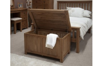 Chicago Solid Oak Bedroom Blanket Box